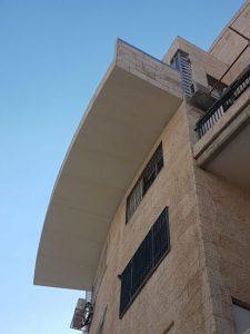 גגון למרפסת